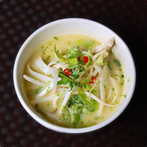 Dorie Vietnamese soup condiments