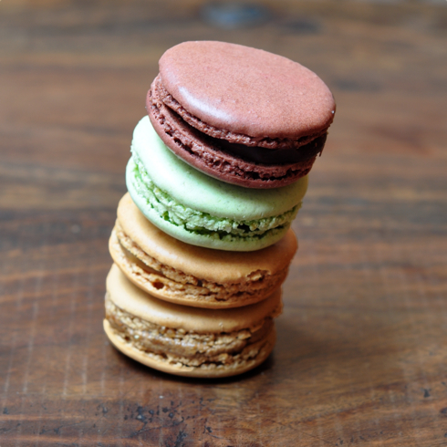 Mad about Macarons in Paris (and a giveaway) | eat  live