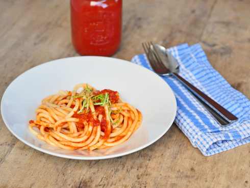 Easy, quick tomato sauce for pasta recipe