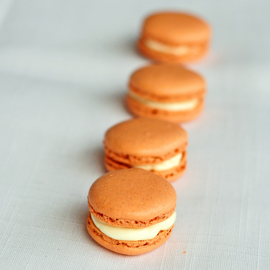 Pumpkin pie macarons recipe