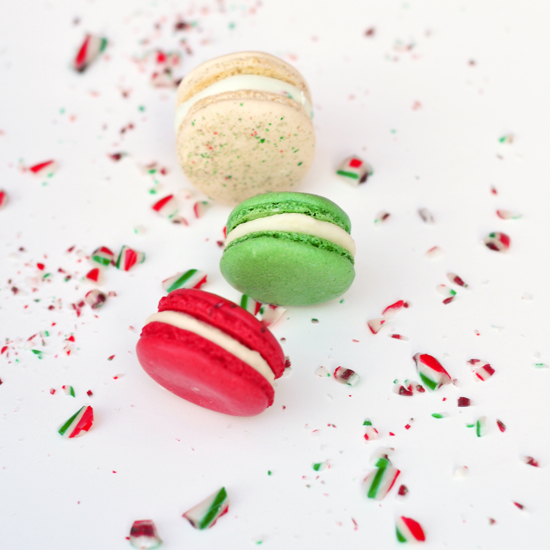 Christmas Macarons.Festive Macarons For The Holidays Red White And Green