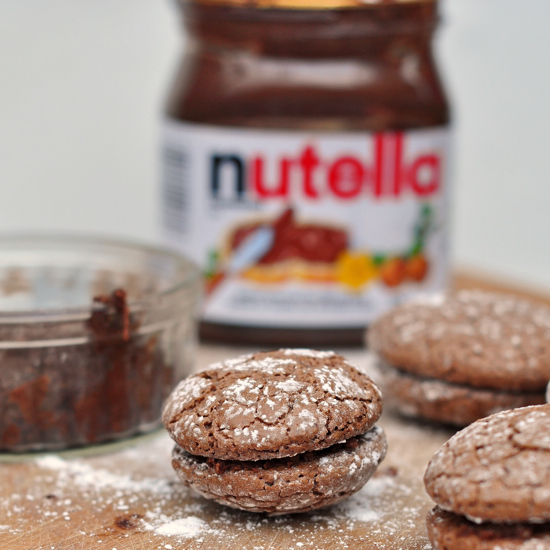 World Nutella Day 2012 macarons craqueles noisette chocolat recipe