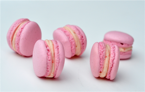 Strawberries and cream macarons Adriano Zumbo method