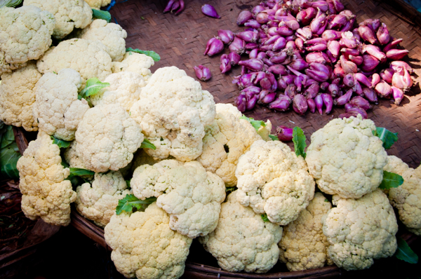 cauliflower and aubergines at Thandwe market