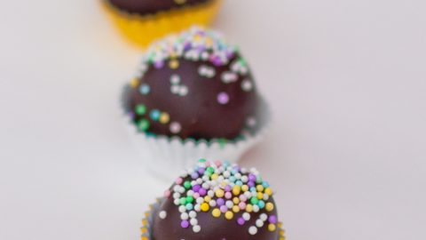 Cake pop truffles with Nutella for World Nutella Day