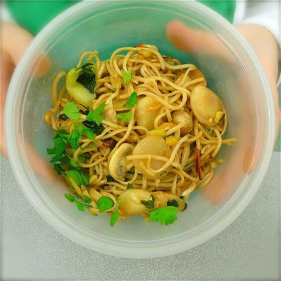 Jamie Oliver's Chicken chow mein