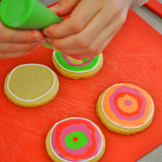 Decorating cookies with Adell Shneer of Art to Eat Cookies and Les Petits Chefs