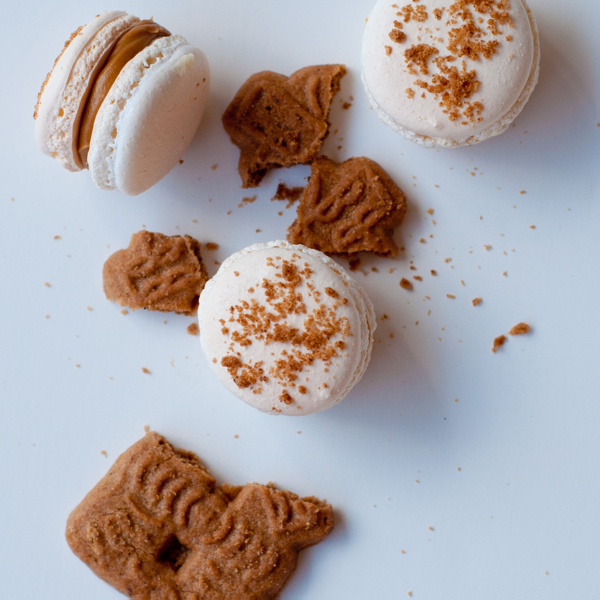 Speculoos macarons using Kathryn Gordon method Les Petits macarons