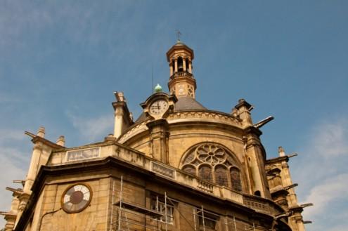 Outside the Eglise St Eustache Paris on eatlivetravelwrite.com
