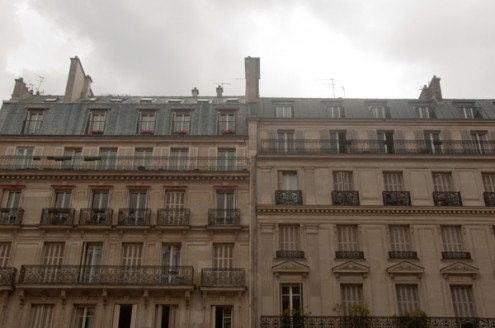 Grey skies in Paris on eatlivetravelwrite.com
