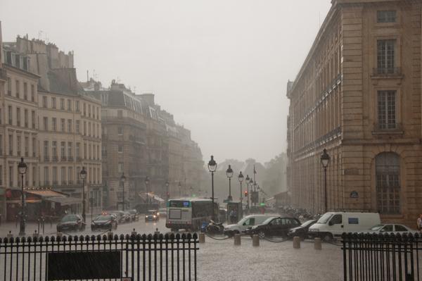 Raining at the Pantheon on eatlivetravelwrite.com