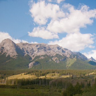 Mountains on the way to Jasper on eatlivetravelwrite.com