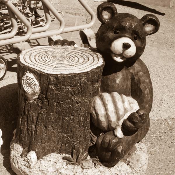 Bear statue in Jasper on eatlivetravelwrite.com