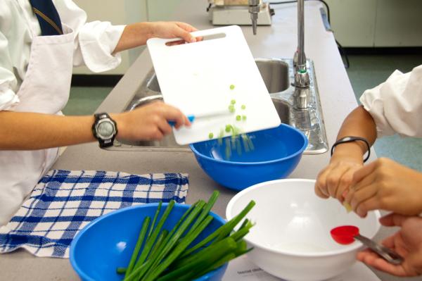 Chopping green onions on eatlivetravelwrite.com