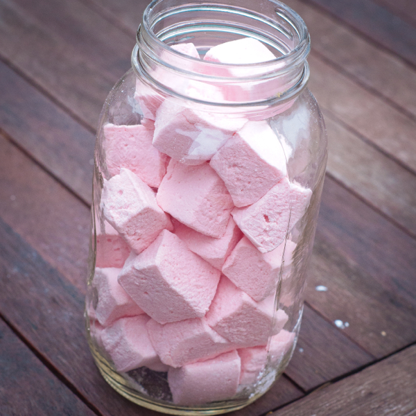 Homemade marshmallows on eatlivetravelwrite.com