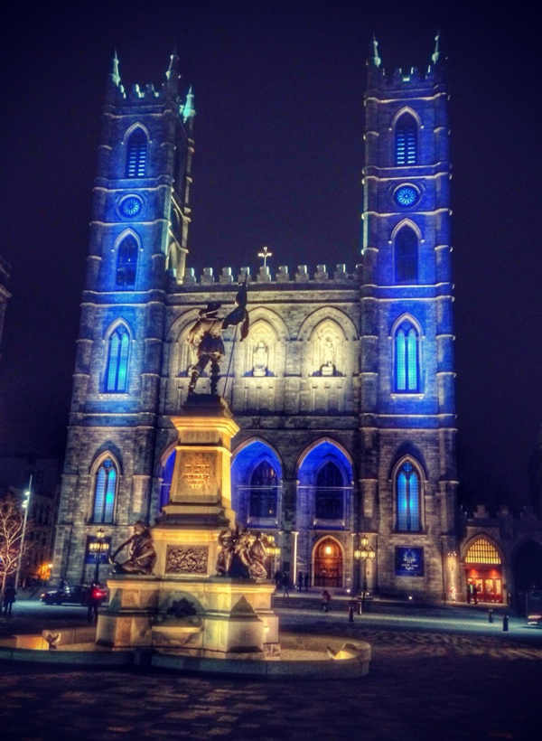 Basilique Notre Dame in Montreal on eatlivetravelwrite.com