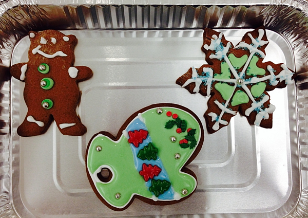 Kids holiday cookies on eatlivetravelwrite.com