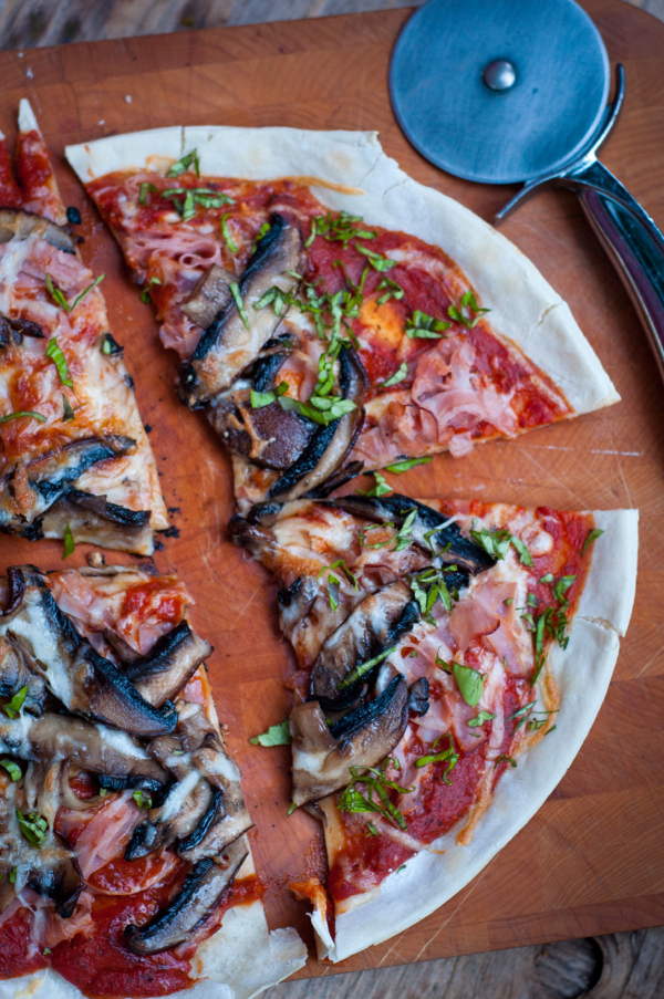 Jamie Oliver's cheat's pizza by Mardi Michels eatlivetravelwrite.com