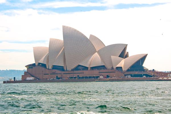 Opera House Sydney on eatlivetravelwrite.com
