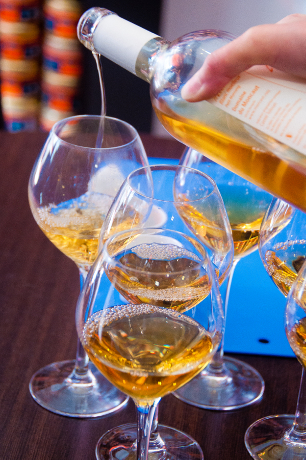 Wine tasting tips on eatlivetravelwrite.com