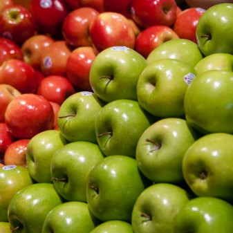 Apples on eatlivetravelwrite.com