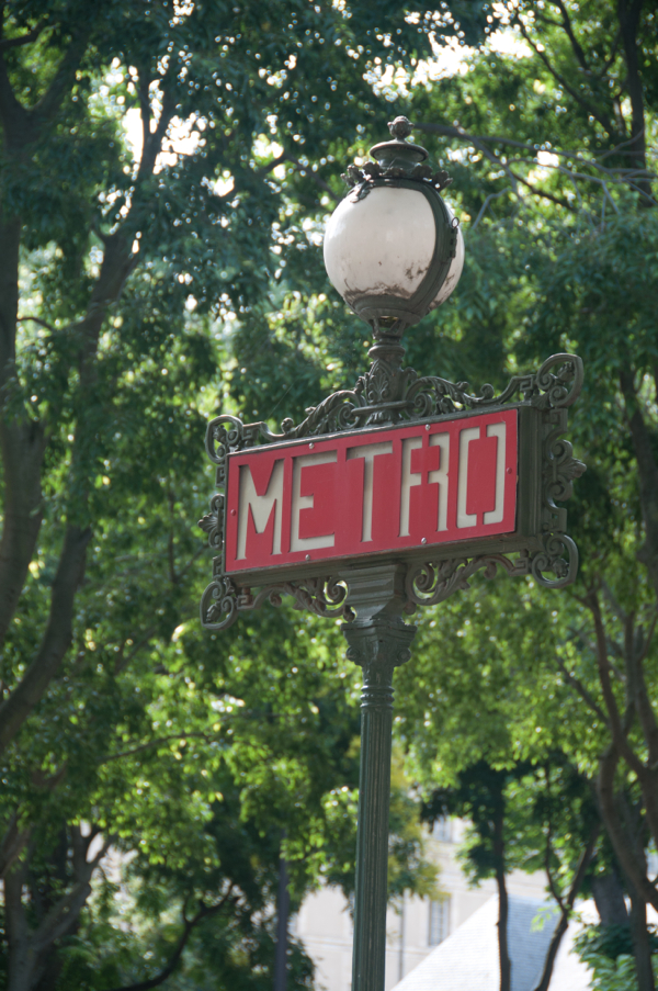 Paris Metro sign on eatlivetravelwrite.com
