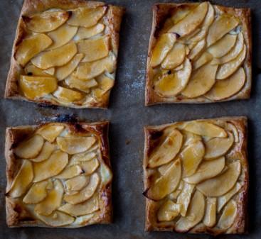 Apple tarts on eatlivetravelwrite.com