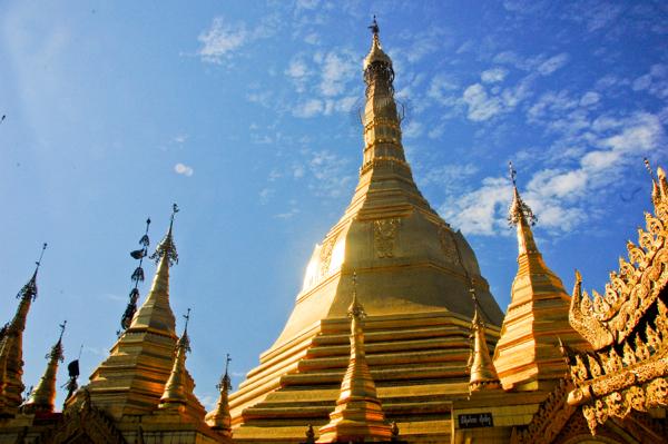 Yangon Rangoon on eatlivetravelwrite.com