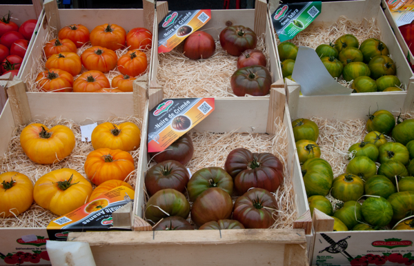 Tomatoes at the Bayeux market on Delicious Normandy tour on eatlivetravelwrite.com