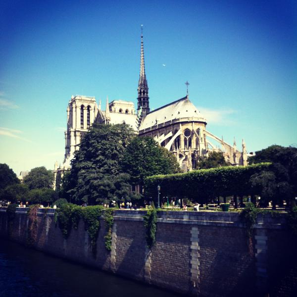 Notre Dame Paris on eatlivetravelwrite.com