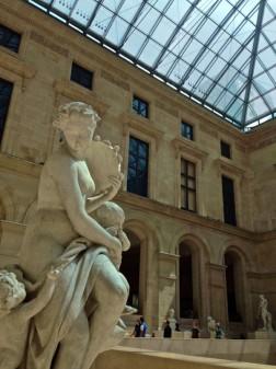 Inside the Louvre looking for treasure of THATLou on eatlivetravelwrite.com