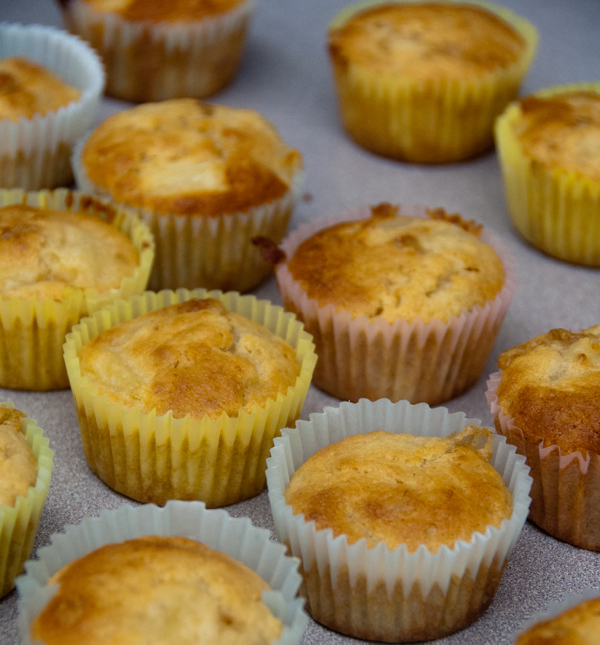 Jamie Oliver Hummingbird cupcakes cooked on eatlivetravelwrite.com