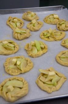 Mini apple tarts ready for the oven on eatlivetravelwrite.com