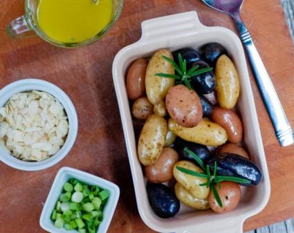 Heirloom potato salad on eatlivetravelwrite.com