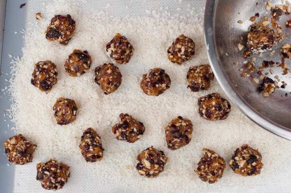 Gluten free vegan fruit truffles on eatlivetravelwrite.com