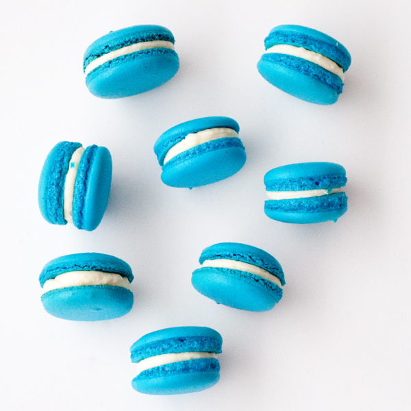 Blueberry cheesecake macarons on eatlivetravelwrite.com