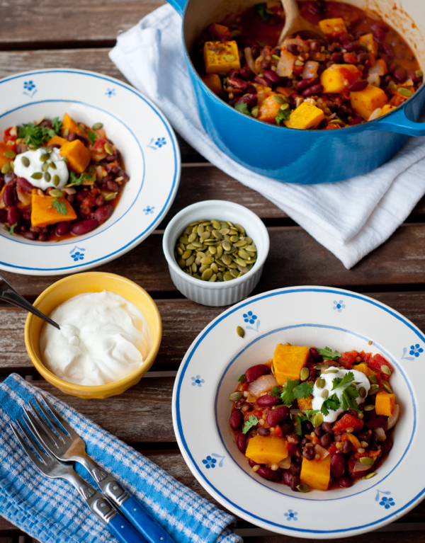 Vegetarian chilli with wheatberries and pepitas on eatlivetravelwrite.com