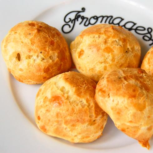 Gourgeres on eatlivetravelwrite.com