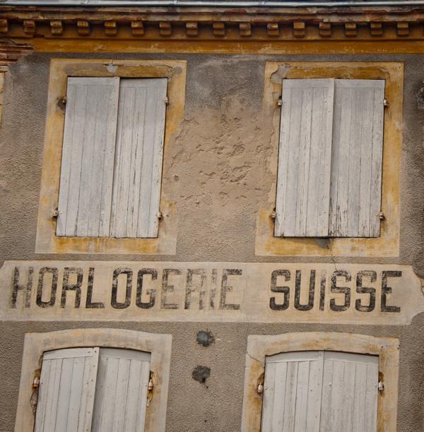 Horlogerie Suisse in Nerac on eatlivetravelwrite.com