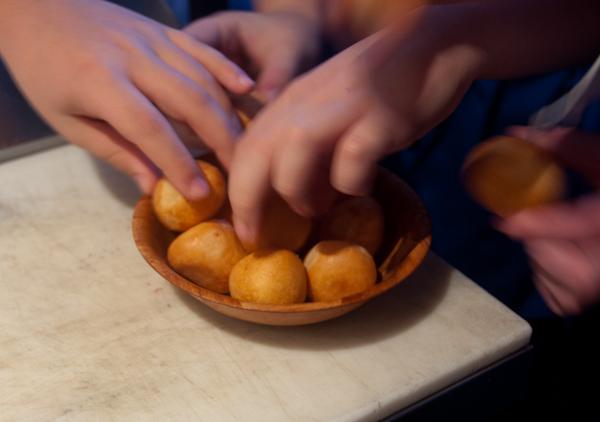 Kids eating cheese bread at Mata Bar Toronto on eatlivetravelwrite.com