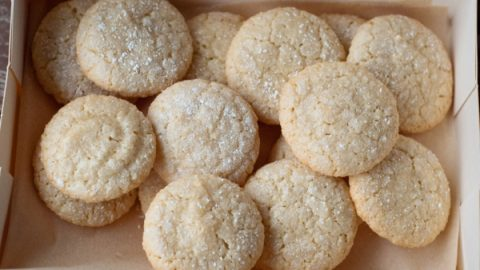 Macarons de St Emilion in a box on eatlivetravelwrite.com