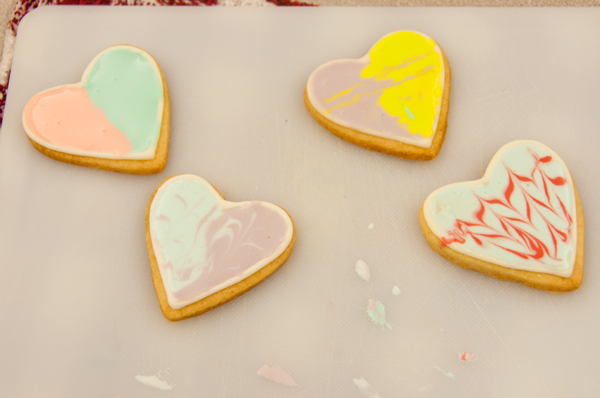 Cookies decorated for St Valentine's Day on eatlivetravelwrite.com