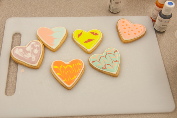 Cookies decorated with Adell Shneer on eatlivetravelwrite.com