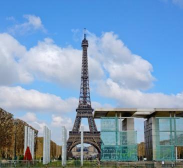 Eiffel Tower in Paris on eatlivetravelwrite.com