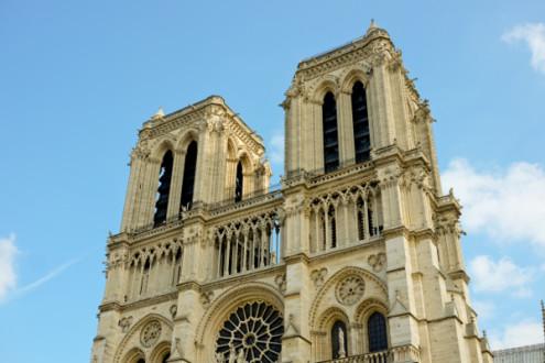 Notre Dame de Paris on Urban Adventures Gourmet Marais on eatlivetravelwrite.com