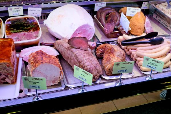 Charcuterie in Paris on on Urban Adventures Gourmet Marais on eatlivetravelwrite.com