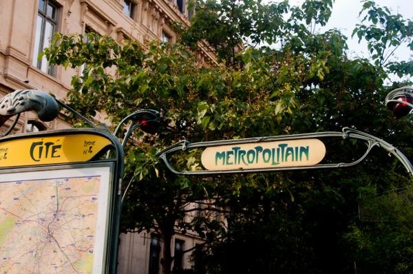 Cite Metro in Paris on eatlivetravelwrite.com
