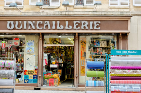 Quincaillerie on the rue Montorgueil on eatlivetravelwrite.com