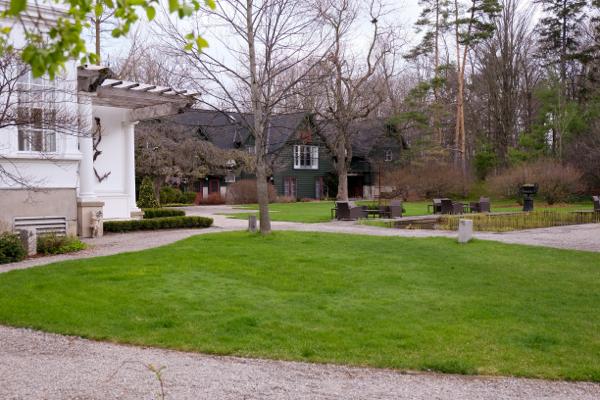 Langdon Hall grounds on eatlivetravelwrite.com