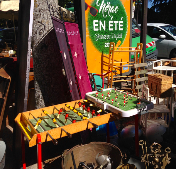 2 La brocante on eatlivetravelwrite.com
